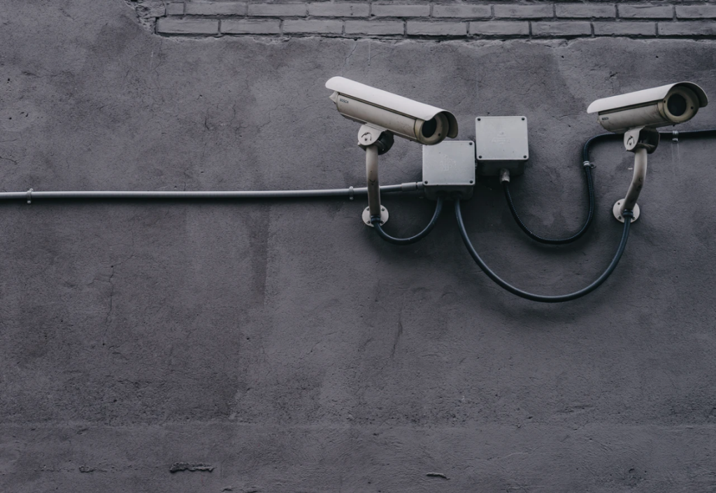 3 Reasons Why Your Company Needs Physical Security